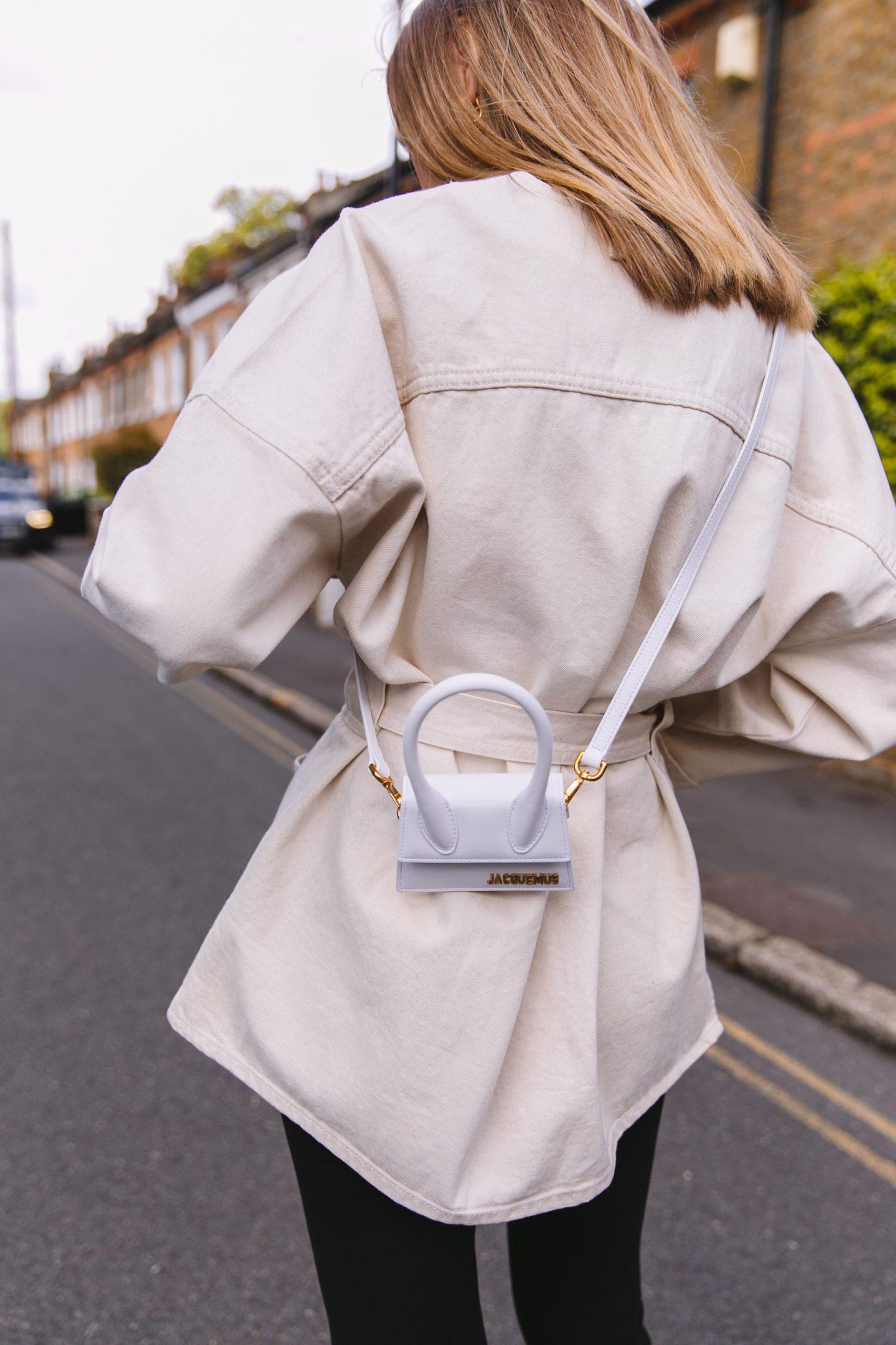 Safari jacket paired jacquemus bag